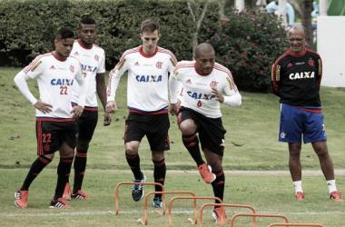 A equipe vem treinando intensamente e não quer saber de descanso (Foto: Gilvan de Souza / Flamengo)