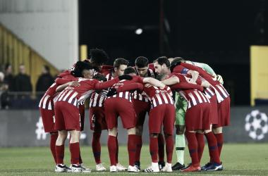 El equipo unido antes del partido. / Foto: Club Atlético de Madrid.