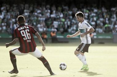 Times entram em campo pelo Campeonato Paranaense (Reprodução / Coritiba)