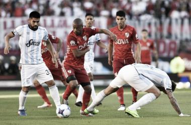 El Decano debe sacar entre 6 y 7 puntos para asegurar su lugar en la Libertadores del próximo año. Vía: Voces.