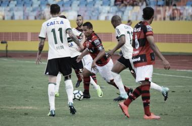 De volta a sua casa, Atlético-GO recebe Coritiba em confronto direto pelo G-4