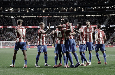El Atlético domina, pero los errores equilibran