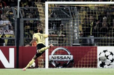 Dortmund domina e vence o Arsenal com gols de Immobile e Aubameyang
