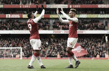 Aubameyang y Lacazette celebran un gol | Foto: @Arsenal