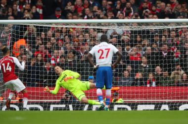 Il rigore che sblocca il match | www.twitter.com (@premierleague)