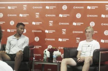 Auger-Aliassime (left) and Shapovalov during their press conference on Tuesday. Photo: Pete Borkowski/VAVEL USA