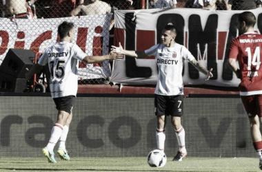 El 7, festejando su gol a La Banda el año pasado (Foto: Olé).