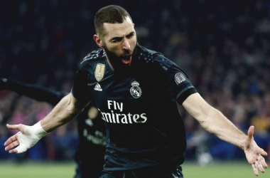 Benzema celebra el primer gol. Fuente: Real MAdrid