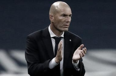 Zidane evita desculpas para eliminação do Real Madrid e mira próxima temporada
