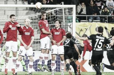 AZ Alkmaar 0-1 FC Augsburg: Germans pick up first Europa League points