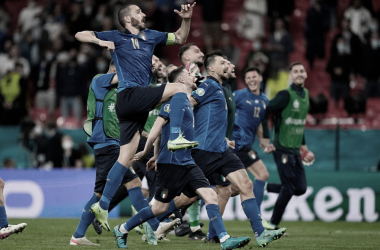 Itália sofre pressão inesperada, mas bate Áustria na prorrogação e avança na Euro