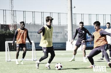 Imagen de archivo de los jugadores del Barça B durante un entrenamiento. FOTO: Noelia Déniz