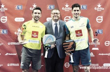 Sanyo y Maxi con el trofeo de Zaragoza I Foto:wpt