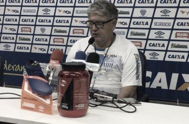 Técnico comemorou a classificação do Avaí (Foto:Divulgação / Avaí FC)