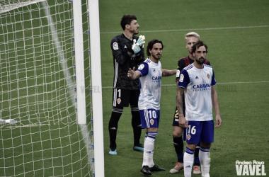 Javi Ros junto a Iñigo Eguaras y Cristian Álvarez frente al Extremadura/ Fto: Andrea Royo VAVEL