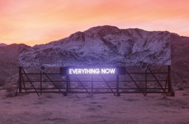 Arcade Fire - Everything Now, la recensione di Vavel Italia
