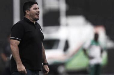 Apesar da derrota, Barroca enxerga pontos positivos na estreia do Botafogo