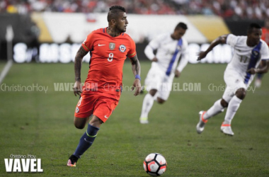 Arturo Vidal in action during the Chile vs Panama match for Copa 2016.