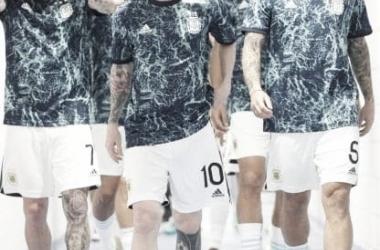 Messi y Scaloni brindan una conferencia de cara al partido vs Chile