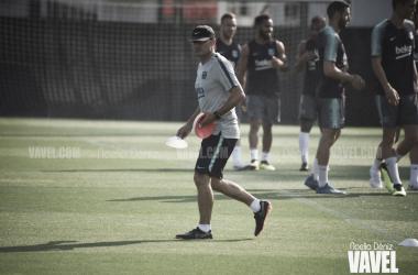 Ernesto Valverde en un entrenamiento de esta semana | Foto de Noelia Déniz, VAVEL