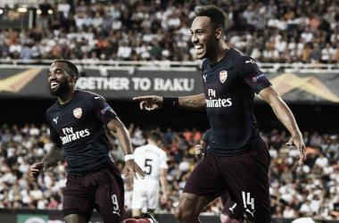 Com show da dupla de ataque, o Arsenal está na final da Europa League (Foto: Divulgação/Arsenal)