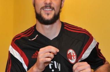 Destro ficha por el Milan
