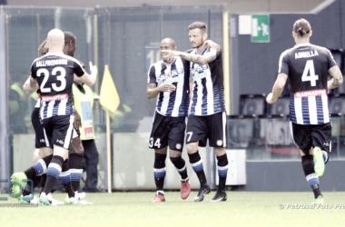 Uno scatto della stagione appena passata dell'Udinese. Fonte: www.facebook.com/UdineseCalcio1896
