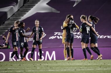 Atacante Bachmann garante que PSG vai 'dar tudo' em reencontro com Lyon na Champions Feminina