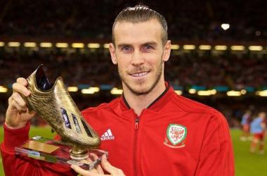 Gareth Bale recibe la bota de Oro como máximo goleador con su selección. | Foto: Real Madrid