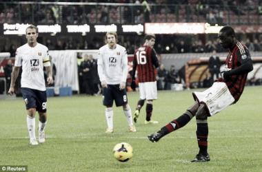 Balotelli falla un penalti ante el Génova. Foto: Reuters.