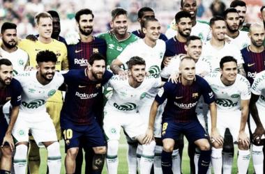 Emocionante homenaje del Barcelona a Chapecoense | Foto: EFE
