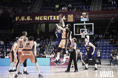FC Barcelona - Valencia Basket en el Palau Blaugrana / Foto: Noelia Déniz (VAVEL)