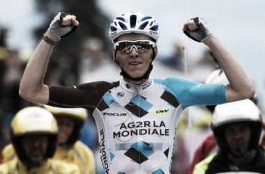 Romain Bardet claims France' first stage win at this year's Tour de France