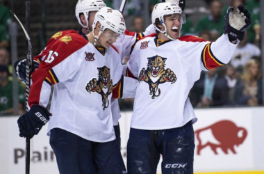 Florida Panthers Center Aleksander Barkov and teammates celebrate (Jerome Miron / USA TODAY Sports)