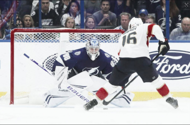 Aleksander Barkov goes toe-to-toe with Andrei Vasilevskiy. | Photo: Tampa Bay Times Forum