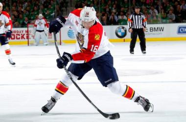 Las lesiones dejan fuera del hielo a Barkov y Ferland