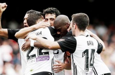 Previa Valencia CF - FC Barcelona: ilusión en una noche mágica