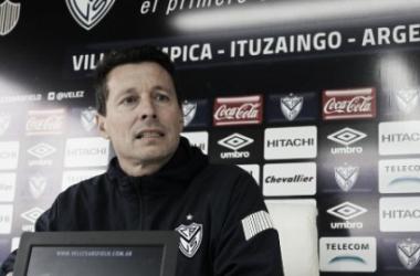 Conferencia de prensa en la Villa Olímpica. Foto: Vélez Sarsfield Página Oficial.