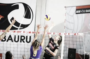 Sesi Bauru venceu Camboriú por 3 sets a 1 (Foto: Marcelo Ferrazoli/Assessoria Sesi Bauru)