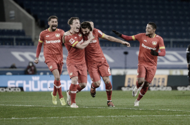 Vitória sofrida! Leverkusen marca no fim, bate Arminia Bielefeld e se mantém invicto na Bundesliga