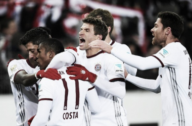 Lewandowski marca no final e garante triunfo do Bayern sobre o Freiburg