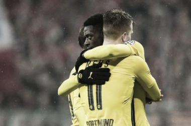 Dembelé e Reus esultano. | Fonte immagine: Twitter @BVB