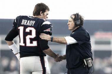 Tom Brady y Bill Belichick durante un partido / Foto: Getty Images