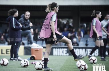 Mariona Caldentey durante el calentamiento del partido de vuelta de las semifinales de la UEFA Women's Champions League | Foto de Noelia Déniz, VAVEL