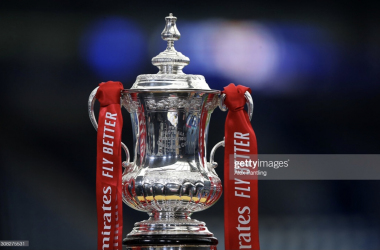 LEICESTER, ENGLAND - MARCH 21: A detailed view of the Emirates FA Cup Trophy is seen prior to the Emirates FA Cup Quarter Final match between Leicester City and Manchester United at The King Power Stadium on March 21, 2021 in Leicester, England. Sporting stadiums around the UK remain under strict restrictions due to the Coronavirus Pandemic as Government social distancing laws prohibit fans inside venues resulting in games being played behind closed doors. (Photo by Alex Pantling/Getty Images)<br>
