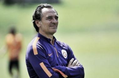 Prandelli deixa os comandos do clube turco (Foto: spor.haberturk.com)