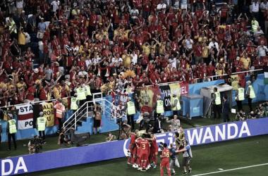Los jugadores belgas celebran el 0-1. FIFA.com