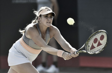 Belinda Bencic reaches for a backhand during her second round win. Photo: Ricoh Open