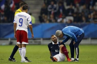 Benzema, lesionado en el amistoso de Francia