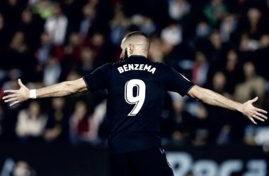 Benzema celebra el primer gol | Foto: Realmadrid.com
